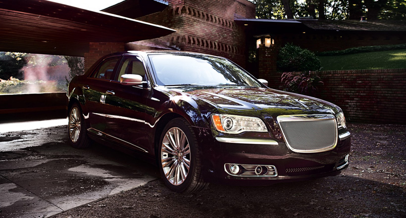 Chrysler 300C front side